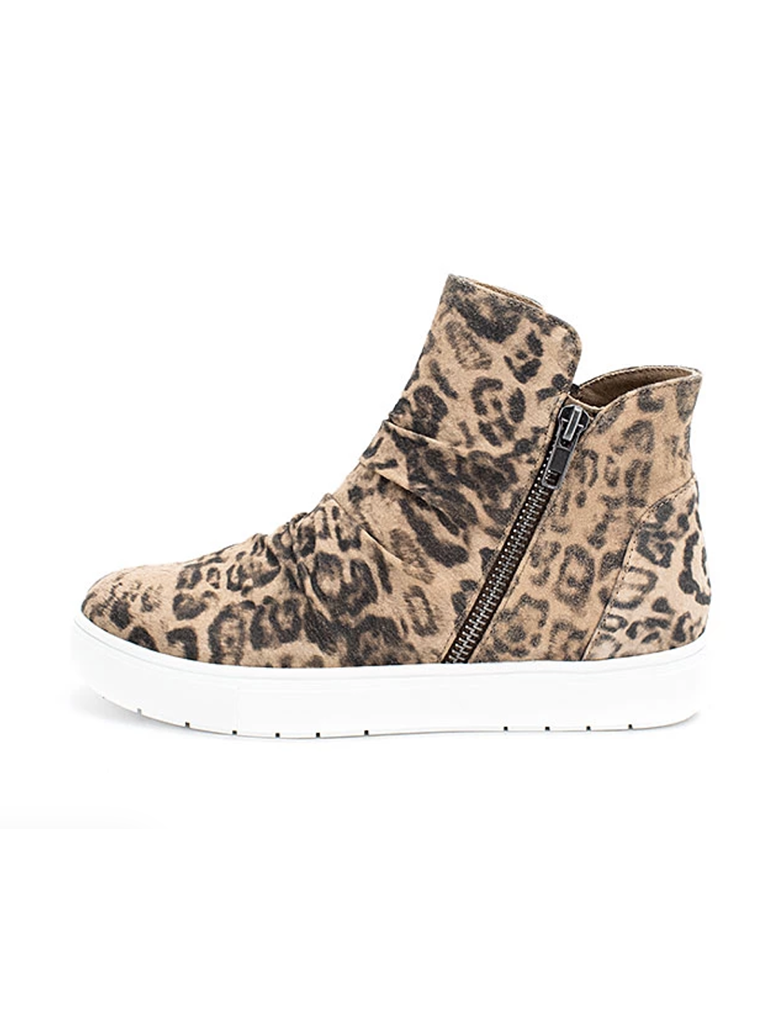 YellowBox Marbee Sneaker in Leopard