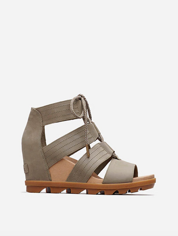 Born Kerri Zip Back Side Notch Short Bootie in Taupe