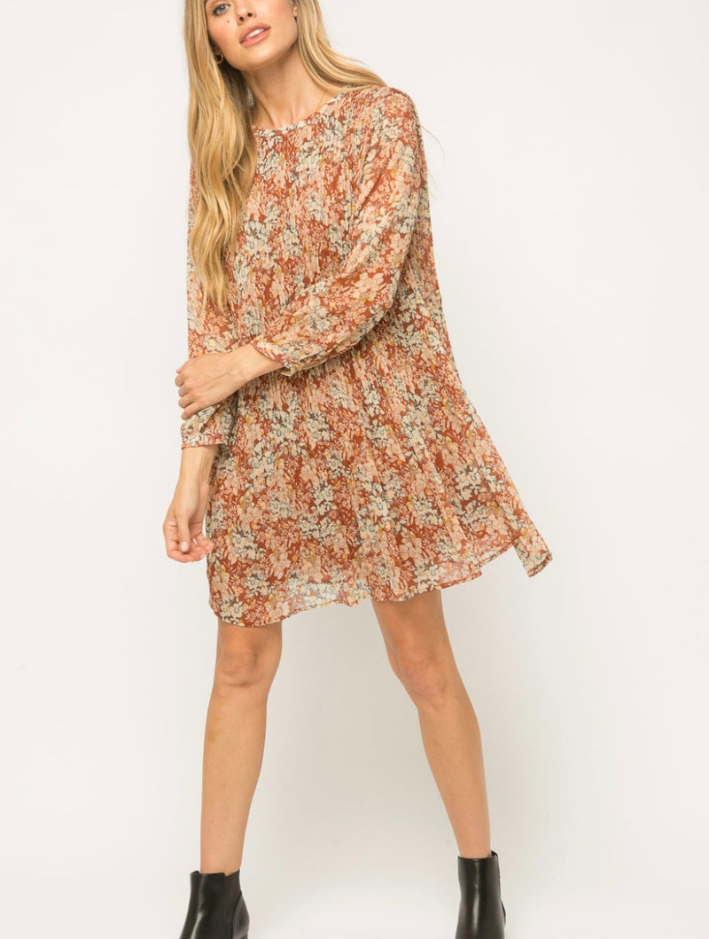 Mystree Pleated Dress in Rust Mix