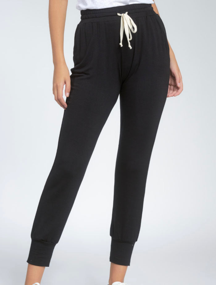 Elan Jogger Sweatpant in Black