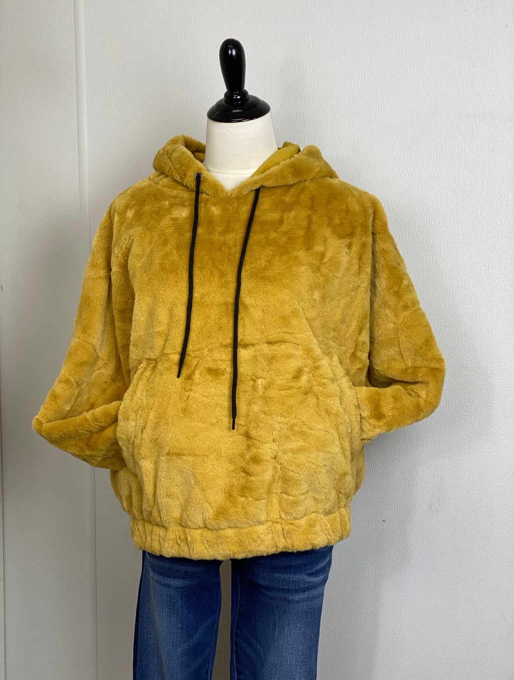 Hem & Thread Fur Hoodie in Mustard