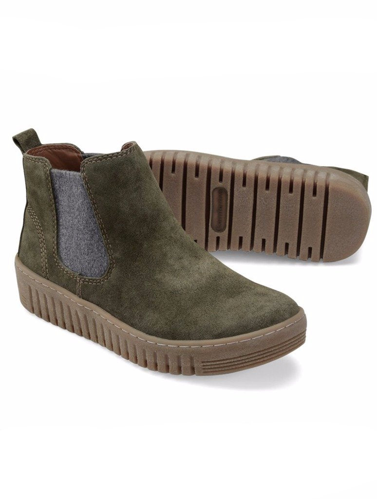 Comfortiva Hartley Slip-on Sneaker in Olive