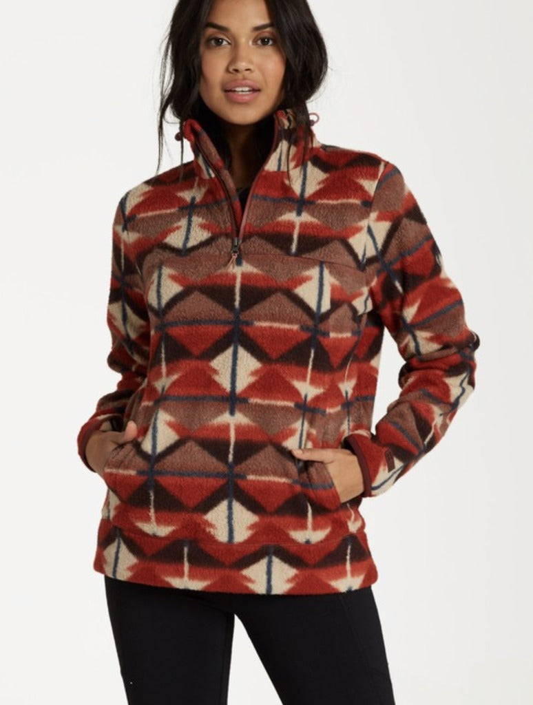 Billabong Boundary Mock Neck in Terra