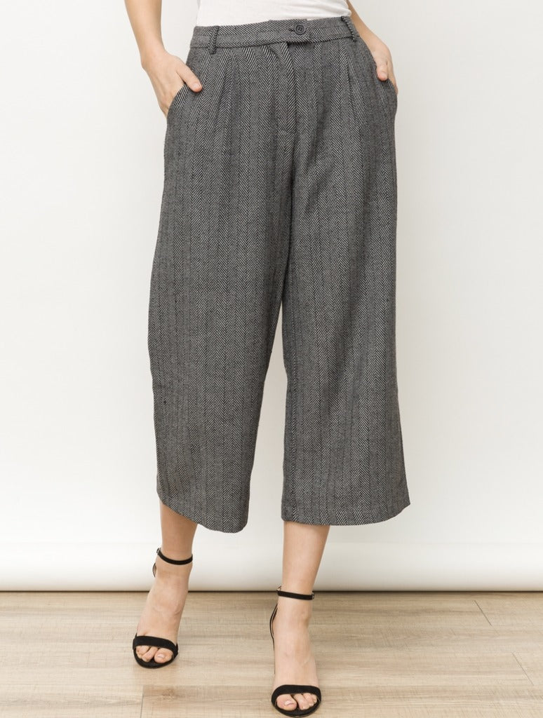 Mystree Wide Leg Pant in Black/White