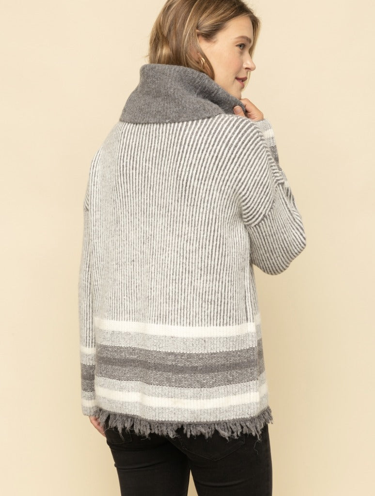 Mystree Tassel Turtle Neck in Grey/White