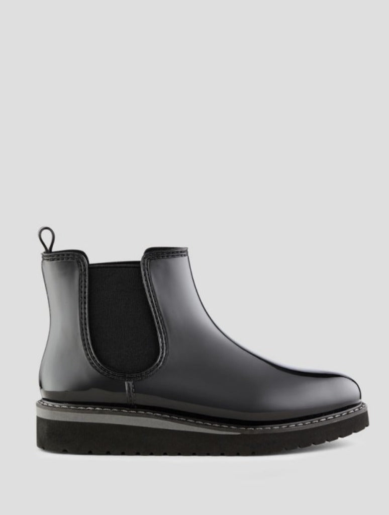 Cougar Kensington Chelsea Boot in Black