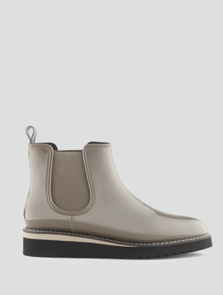 Cougar Kensington Chelsea Boot in Walnut