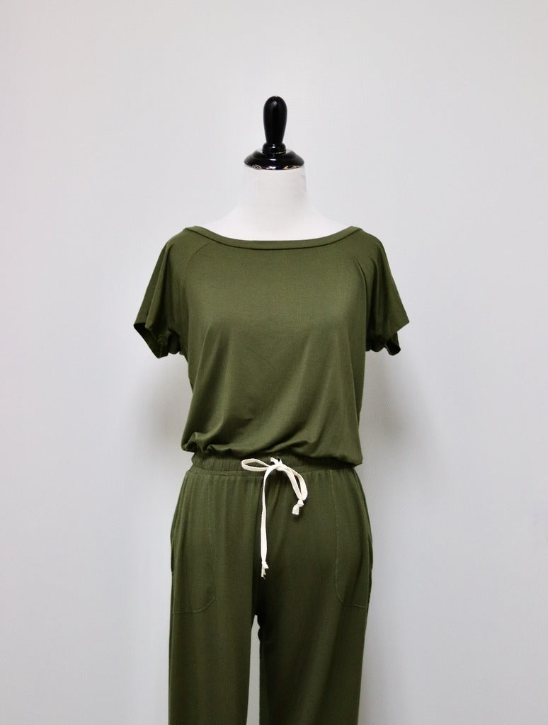 Elan Cinched Jumpsuit in Olive