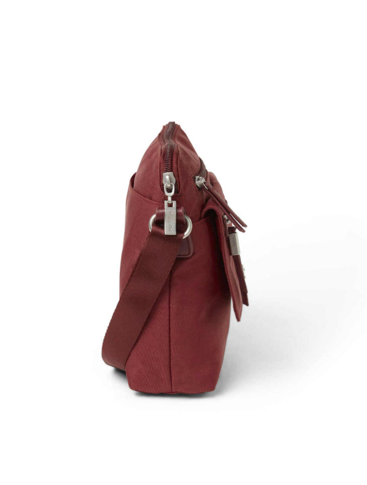 Baggallini Escape Crossbody in Russet Red