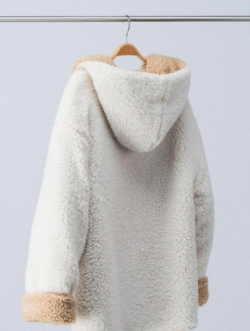 Trend Notes Reversible Sherpa Jacket in Ivory