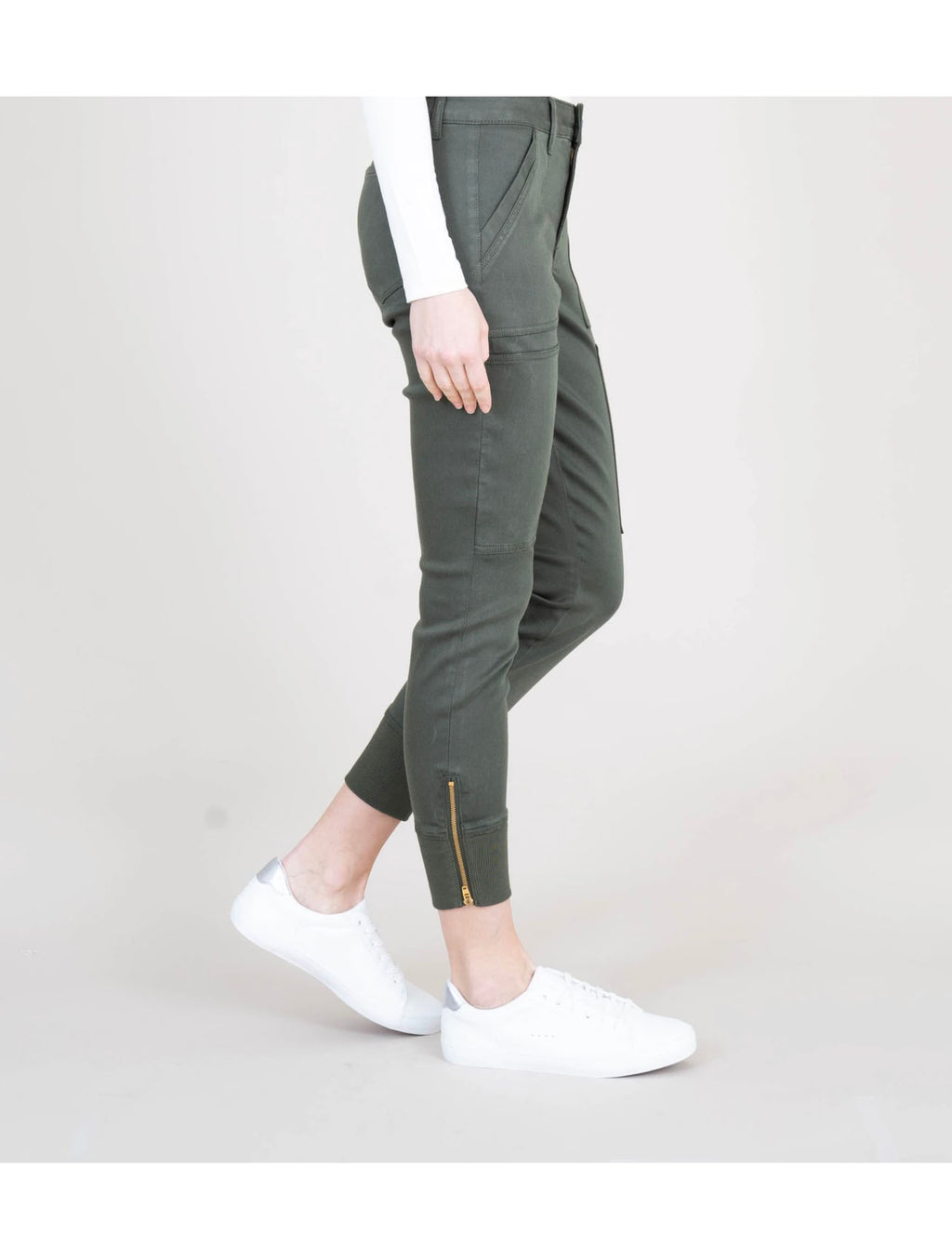 Level 99 Utility Jogger in Woodland Green