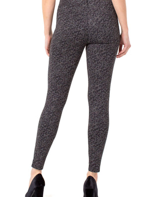 Liverpool Reese Legging in Grey/Black Cheetah