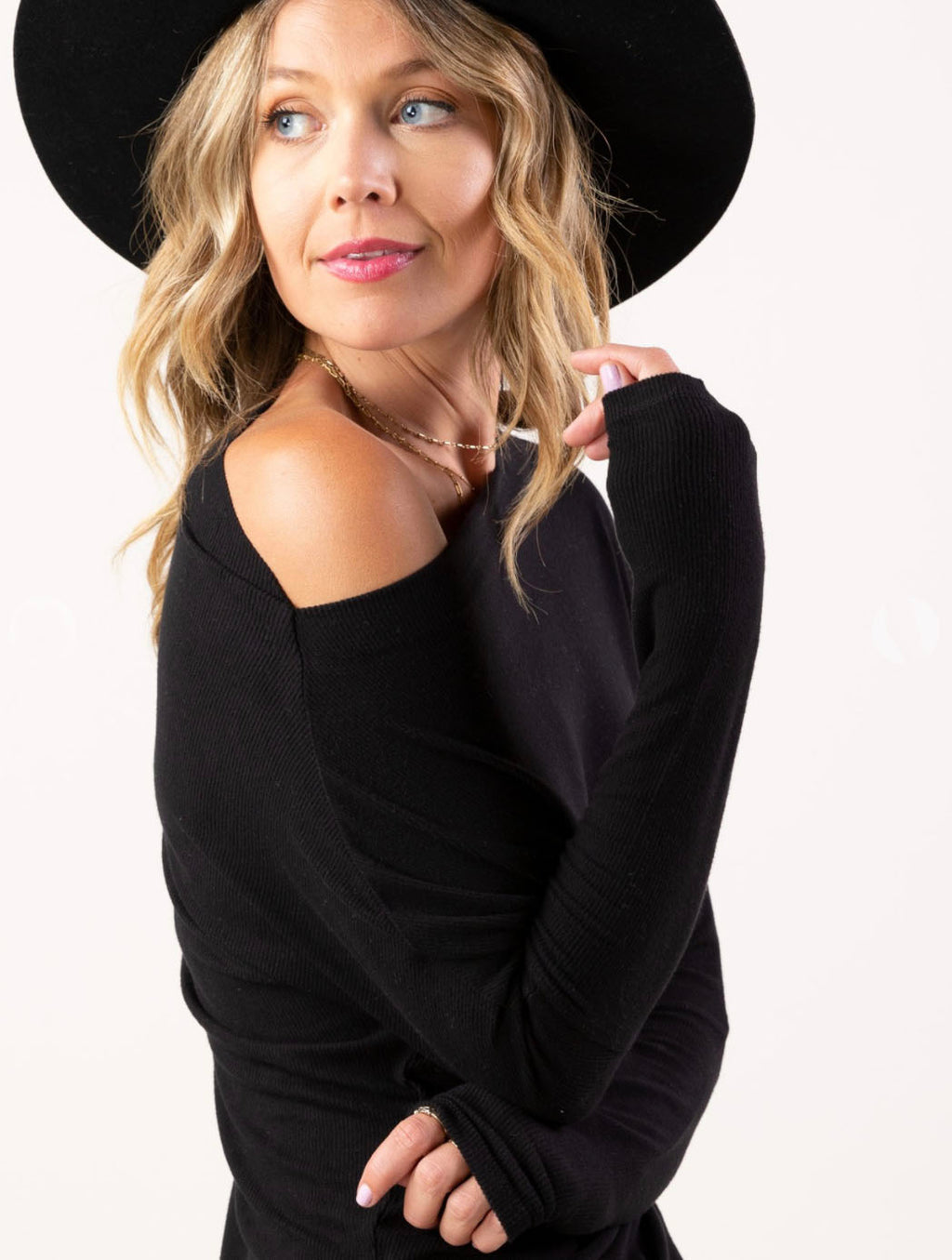 Love Stitch Ribbed Off-The-Shoulder Top in Black
