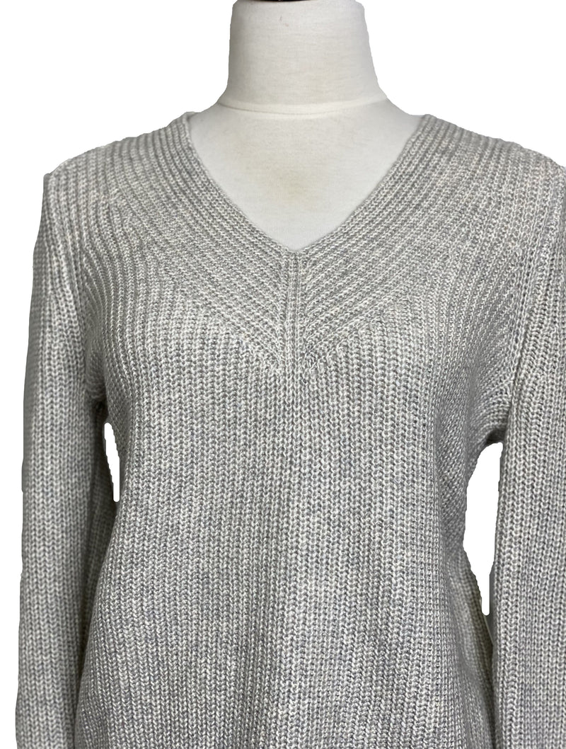Lucky Brand V-Neck Knit Pullover in Grey