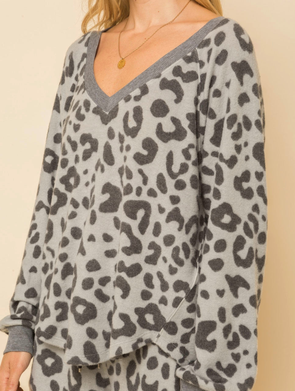 Hem & Thread Leopard V-Neck in Charcoal