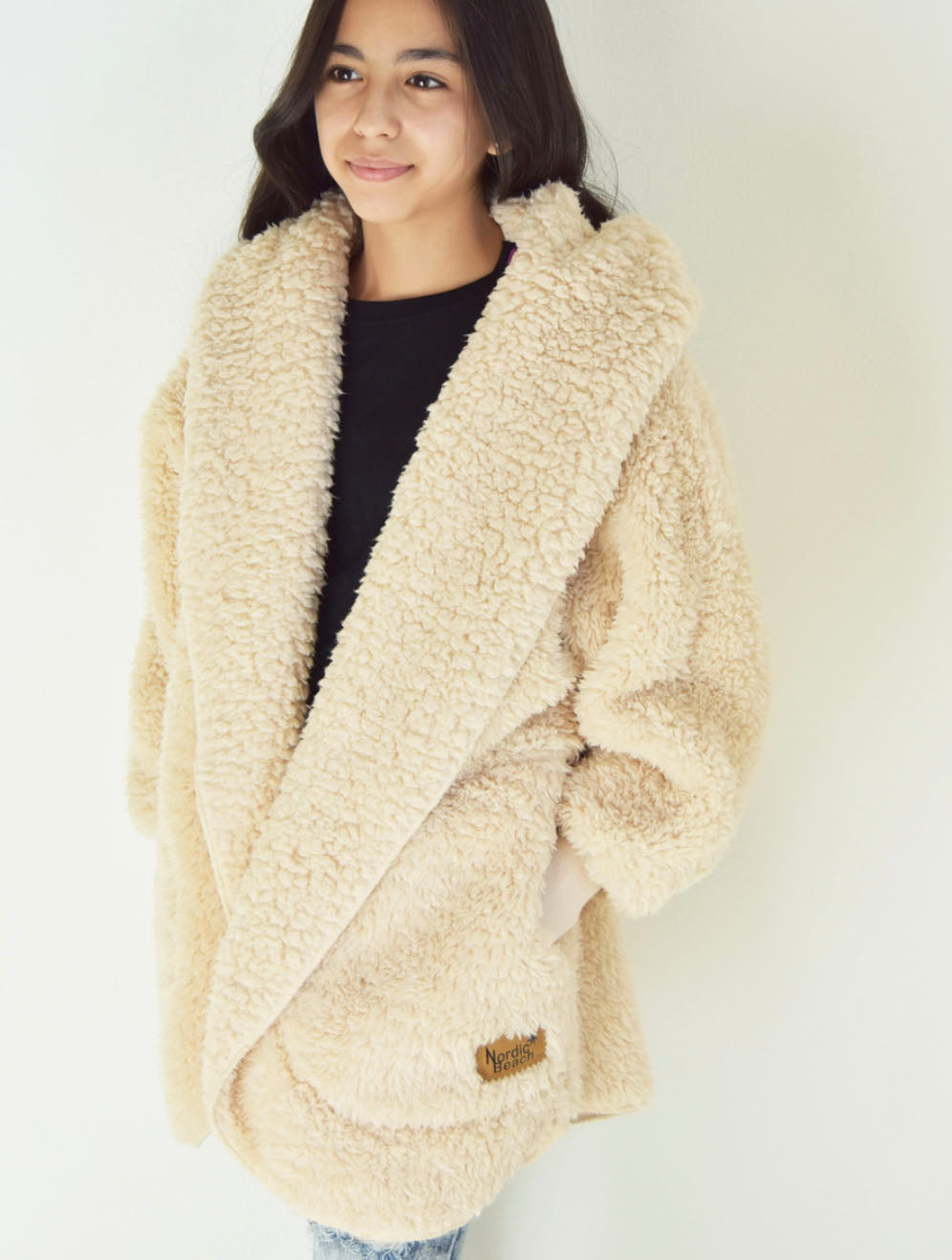 Nordic Beach Wrap in Fluffy Frappe in Petite Sizing