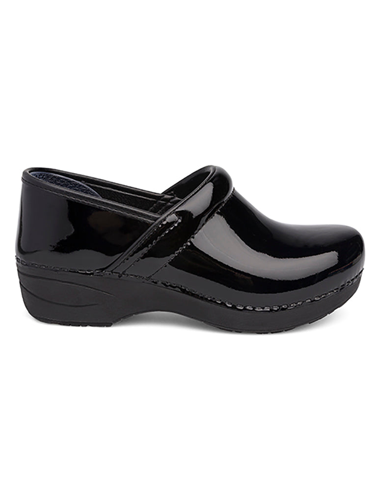 Dansko XP 2.0 Clog Shoe in Black Patent