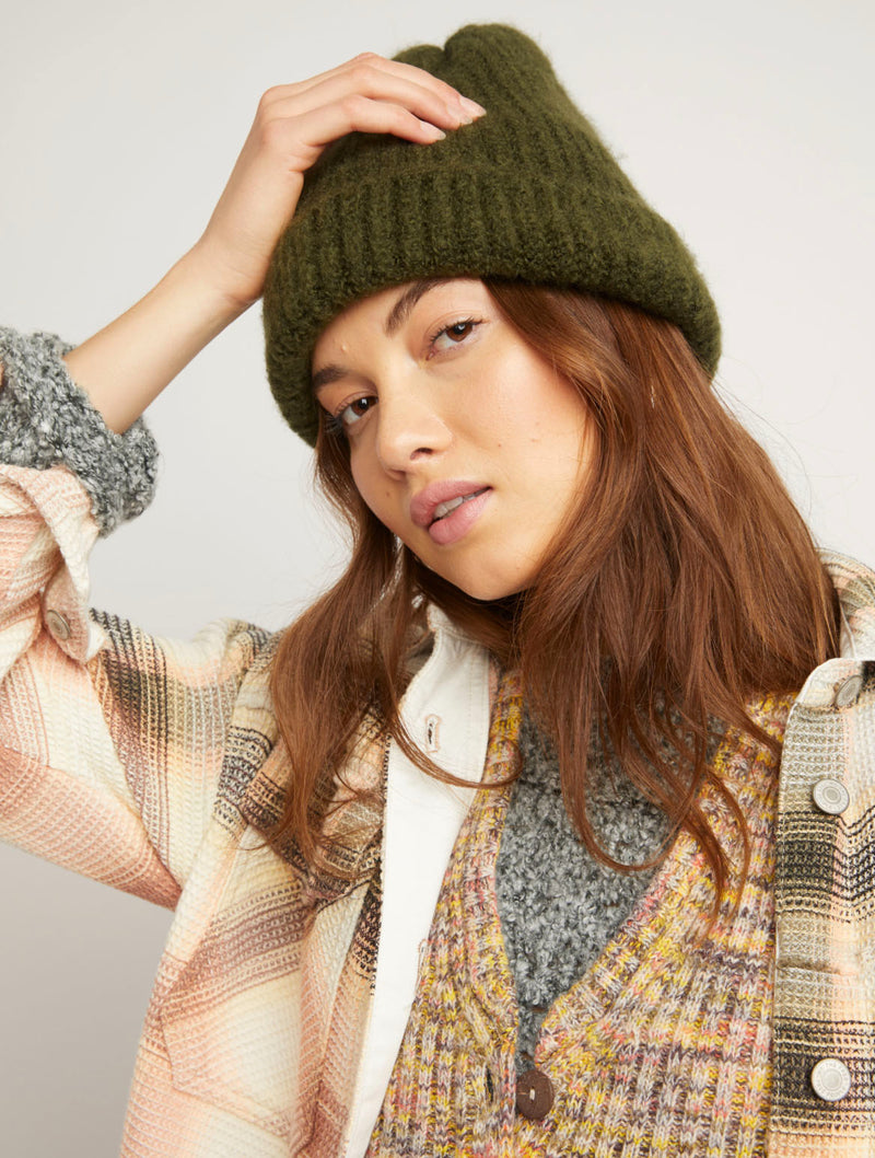 Free People Lullaby Beanie in Ivy