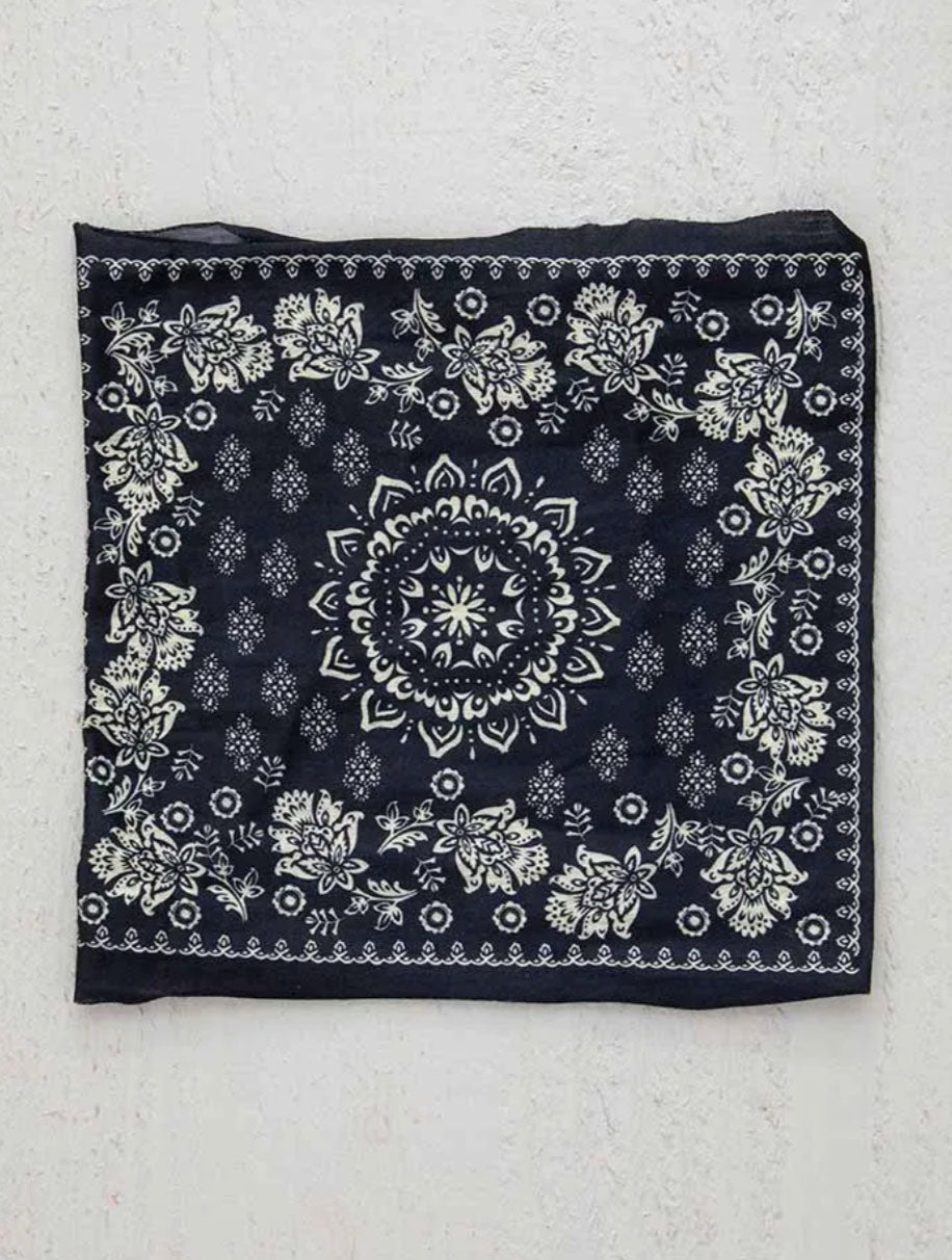 Natural Life 1/2 Boho Bandeau in Mandala Black
