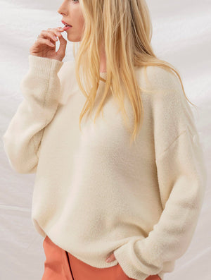 Trend Notes Fuzzy Crew Neck Sweater in Cream