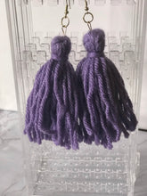 Load image into Gallery viewer, Lavender Yarn Tassel Earrings