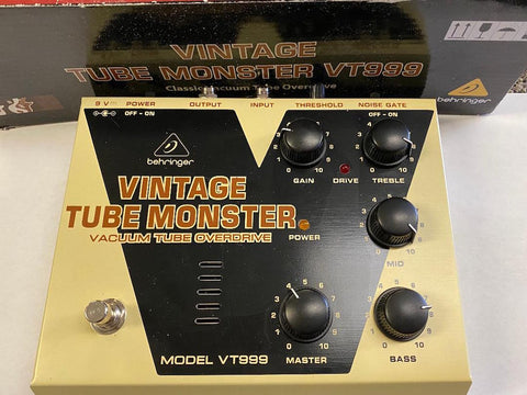 Behringer VT999 Vintage Tube Monster Vacuum Tube Overdrive
