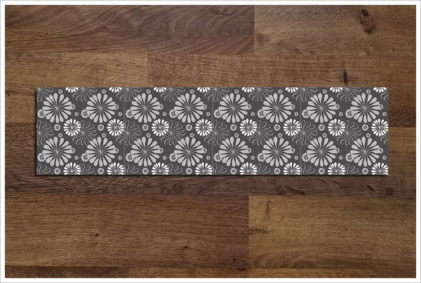 Flower Pattern -  Tile Border