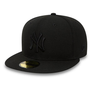 New York Yankees Black on Black Fitted 59FIFTY Cap
