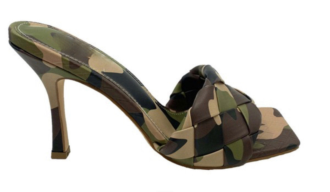 LEASA-CAMOUFLAGE HEELS