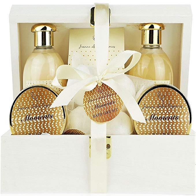 Deluxe Bath Spa Gift Set -Special MOMENTS Organic Bath and Body Spa Treatment for birthday gift, holiday gift etc - Perfect Bath Gift Set for Women - ardenorganics.com
