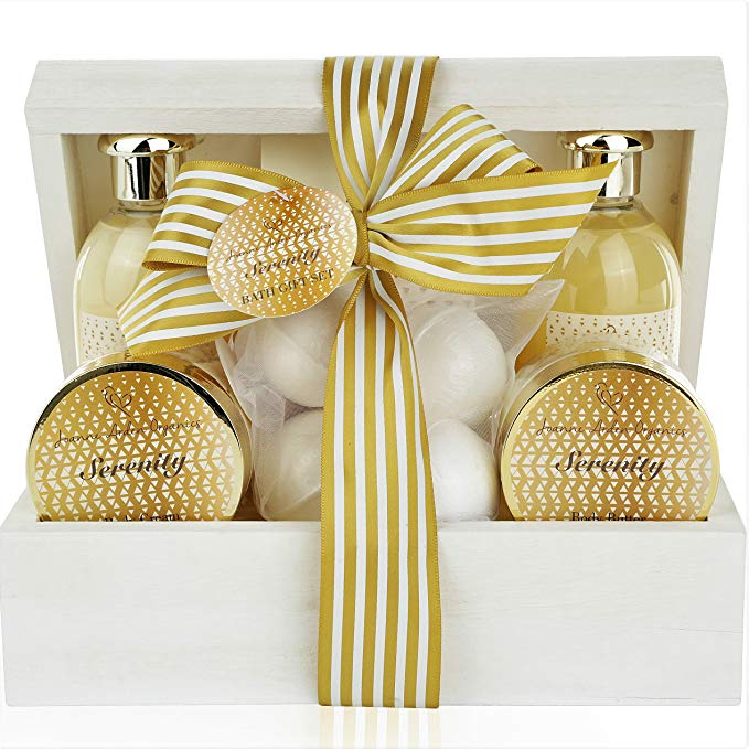 Spa Gift Baskets For Women - Sulfate Free Bath & Body Lotion Gift Set. Relaxation Gift Basket for Her Pampering Spa At Home! - ardenorganics.com