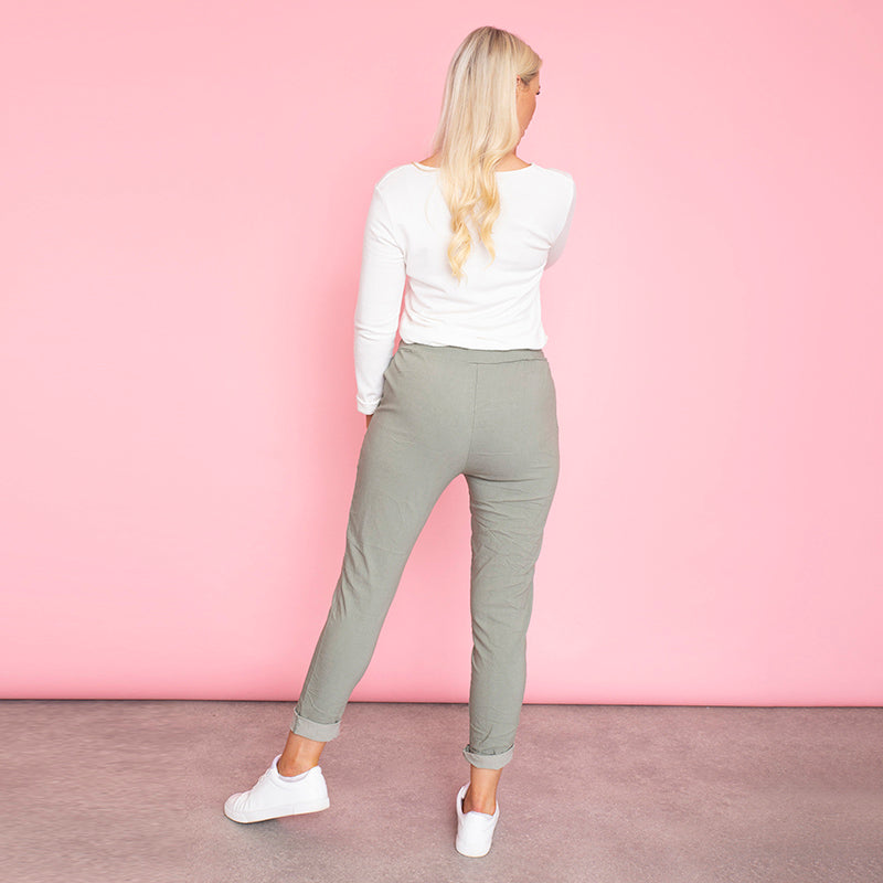 Sia Relaxed Stretch Jogger (Olive)