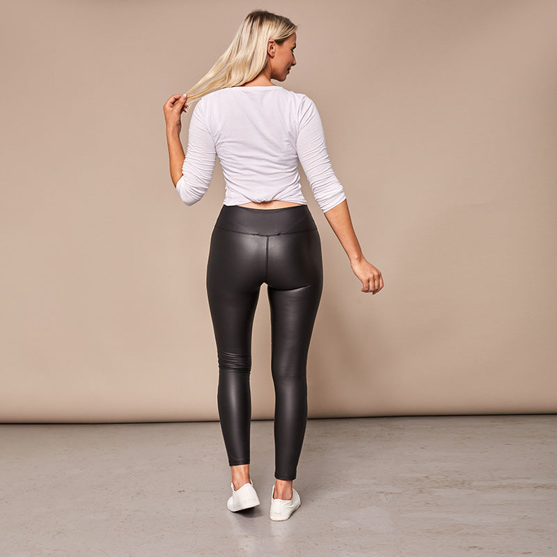 Wet Look Quilted Leggings (Black)
