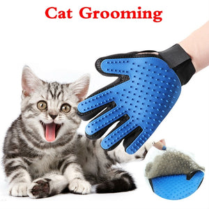 Gentle Deshedding Glove™