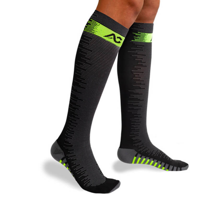 1-Pair Compression Socks for Athletics - Greent-1