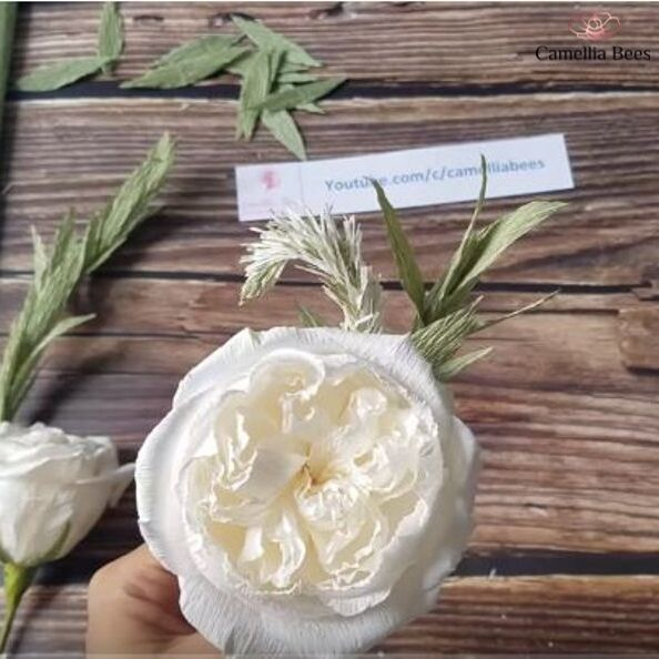 How To Make Paper Boutonniere With White Celosia (Cockscomb) And David Austin Rose