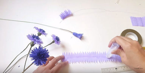 paper-blue-cornflower-step-by-step