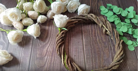 paper-rose-wreath-DIY