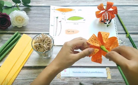 paper-tiger-lily-flower-instruction