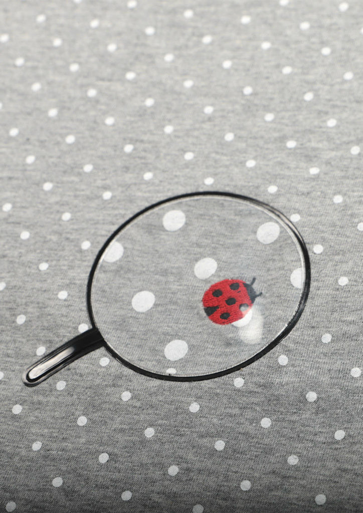 Dot Pattern Short Sleeve Tee (Find a Ladybug)