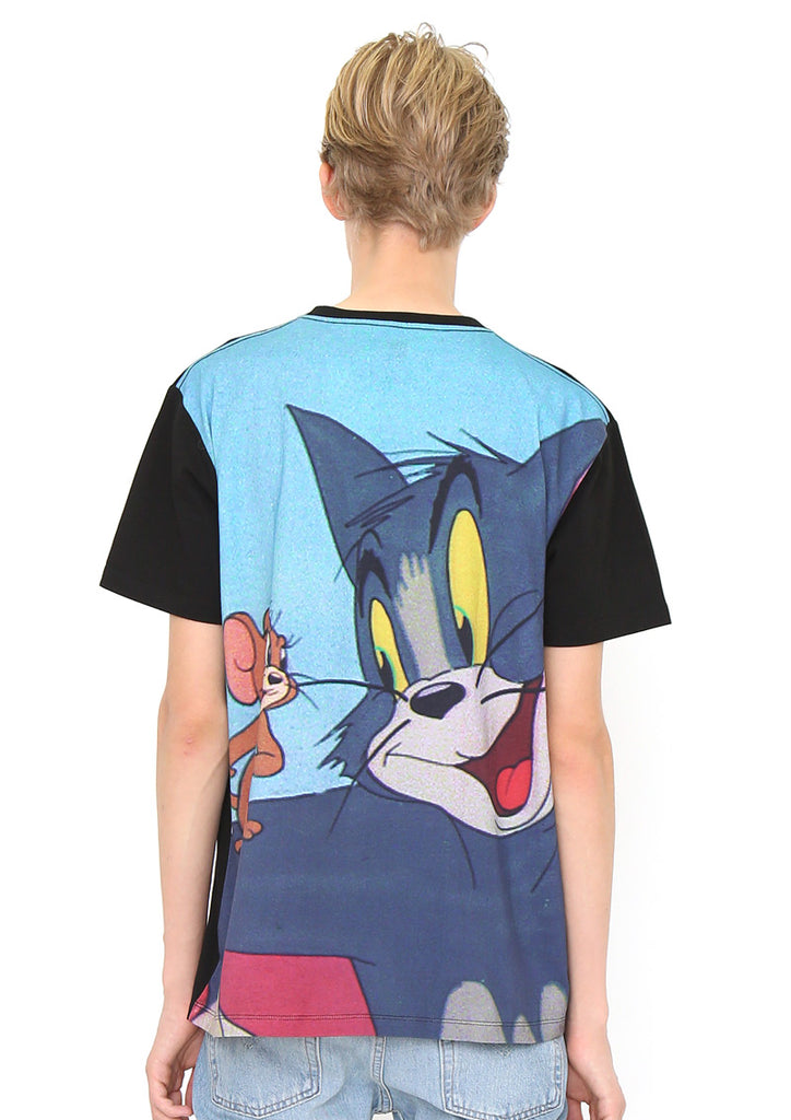 Tom and Jerry Back Multi Pattern Short Sleeve Tee (Tom and Jerry_Tom and Jerry)