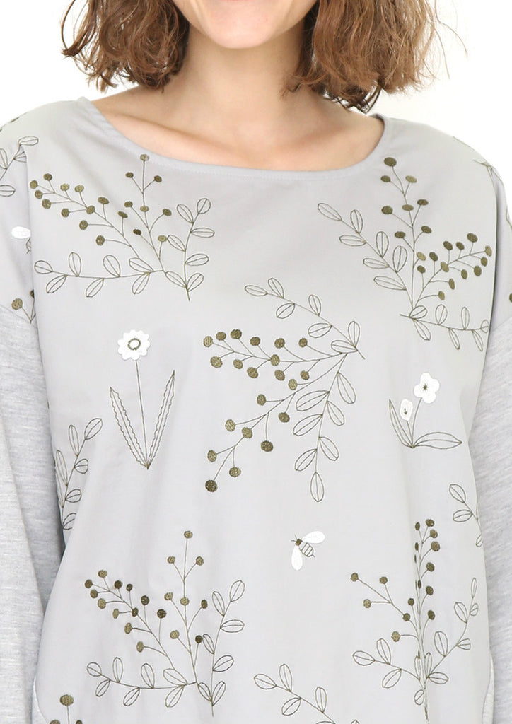 Embroidery Round Neck Sweat Tops (Mimosa and Olive)