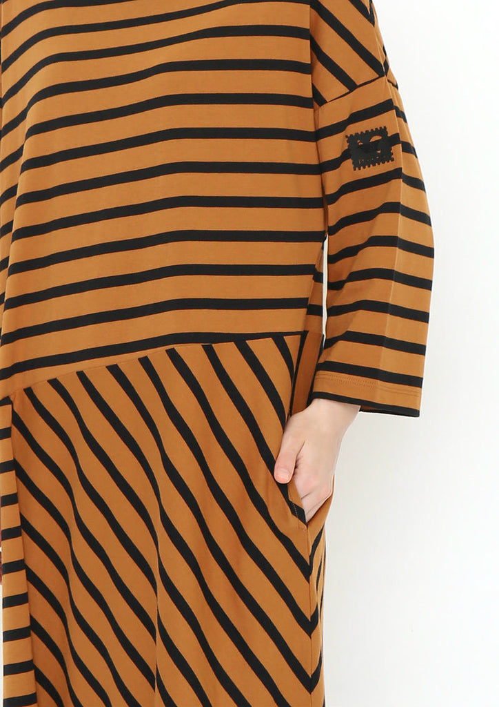 Stripe Middle Sleeve One-Piece (By Air Mail)