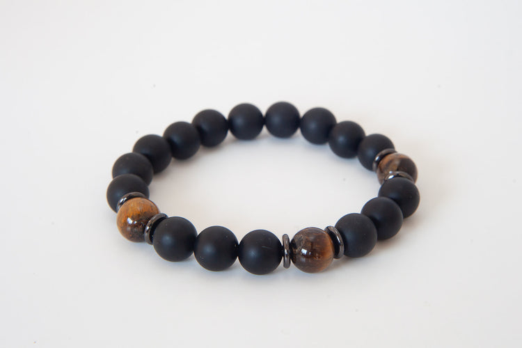 Onyx, Tigers Eye 10mm