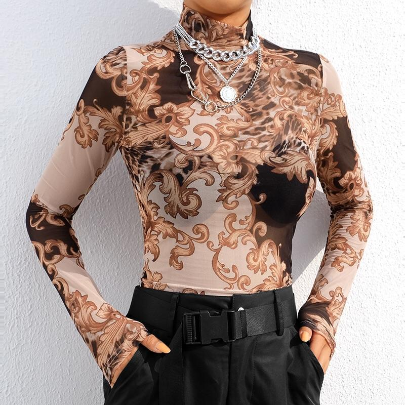 Baroque mesh top