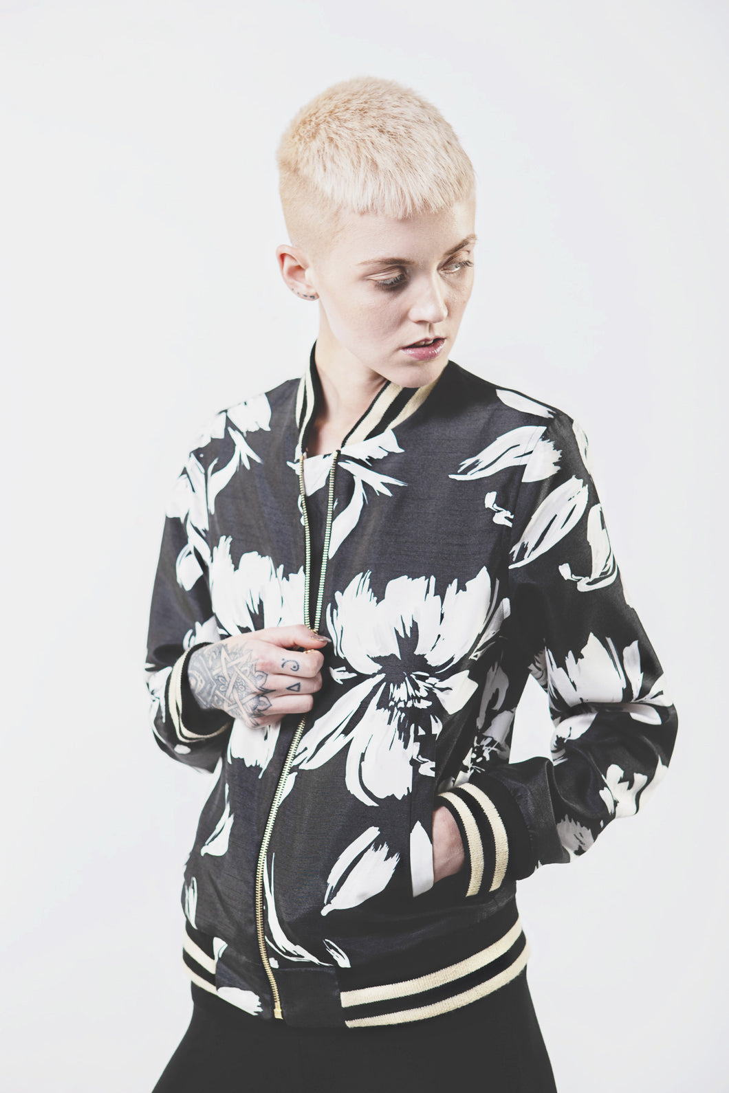 Wolf + Candor The Kendrick Jacket in Floral - Bomber jacket