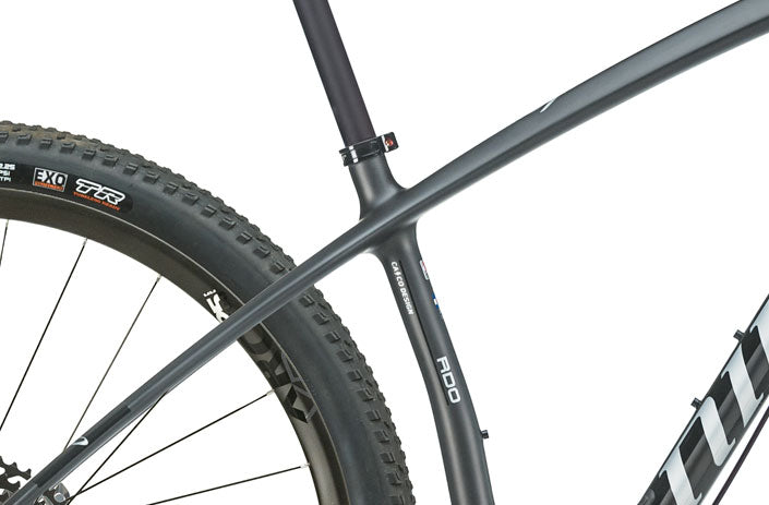 Close up on the AIR 9 RDO mountain bike