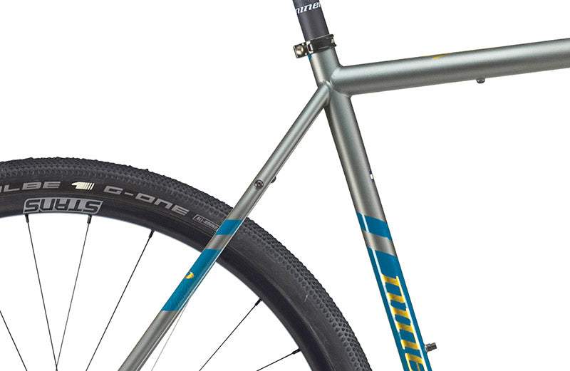close up on the RLT 9 Steel gravel bike