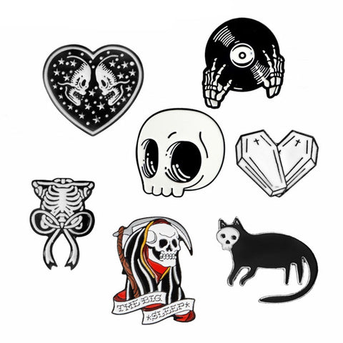 Skeleton Skull Pins Vampire Brooches Badges Halloween Jewelry Gothic Punk Dark Black Pins Collection