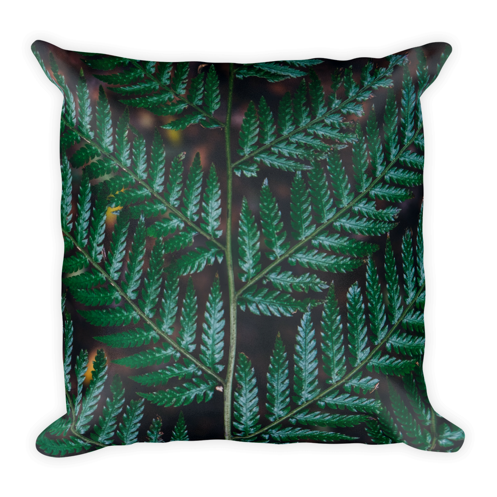 Tropical leafy green Basic Pillow